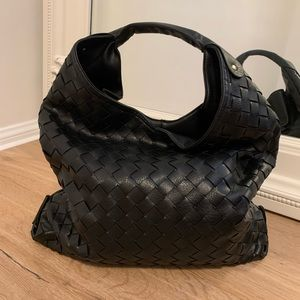 LAST3 • Quilted Shoulder Bag, Black